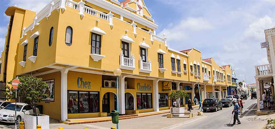 Bonaire welcomes its first ever cruise call from Carnival