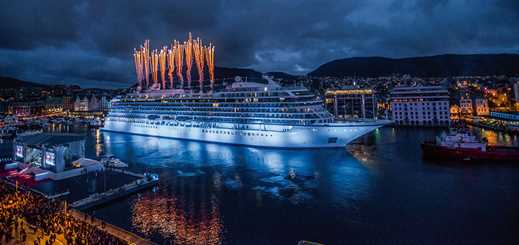 Cruise order book: big yards share order windfall