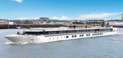 CroisiEurope christens Elbe Princesse in Berlin