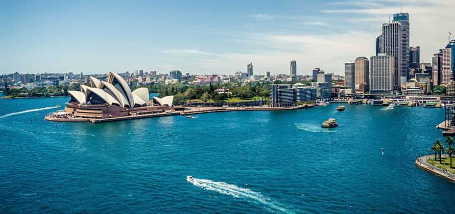 Record 1.06 million Australians took ocean cruises in 2015