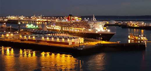 Cunard Line flagship calls at port of Le Havre