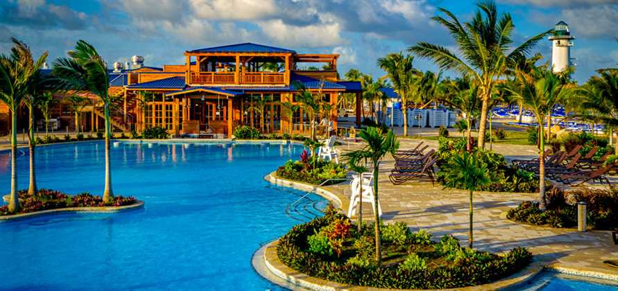 Norwegian Dawn opens Harvest Caye in Belize