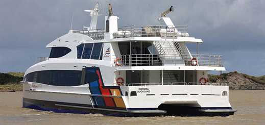 Incat Crowther delivers new passenger ferry to Auckland