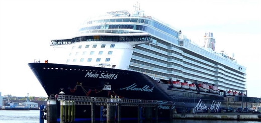 Mein Schiff 6 makes her maiden call to Germany