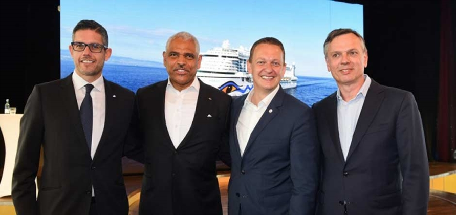 Costa Group and Carnival Corporation to hire 4,500 Italians by 2022