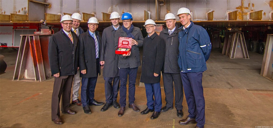 Neptun Werft lays keel for Spectrum of the Seas