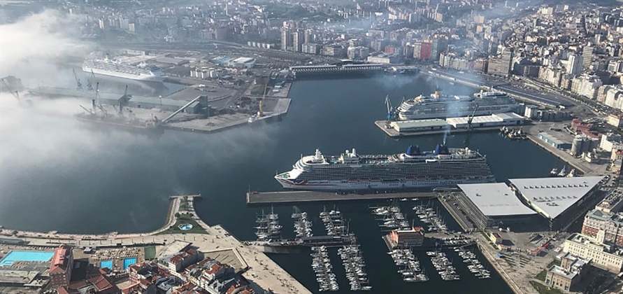 A Coruña hosts record number of cruise passengers in one day