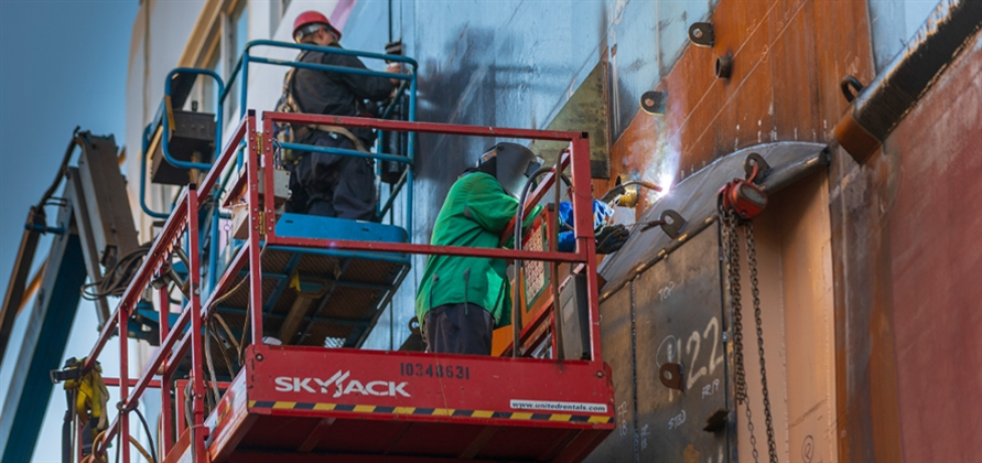 Silver Explorer hits the waves following refit by Seaspan