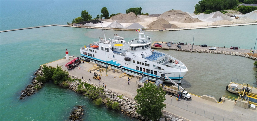 A reliable ferry service for tourists and locals