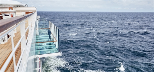 Brombach + Gess creates glass balconies for Hanseatic nature