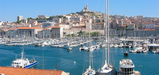 Marseille Fos aims to become first 100% electric port in Mediterranean